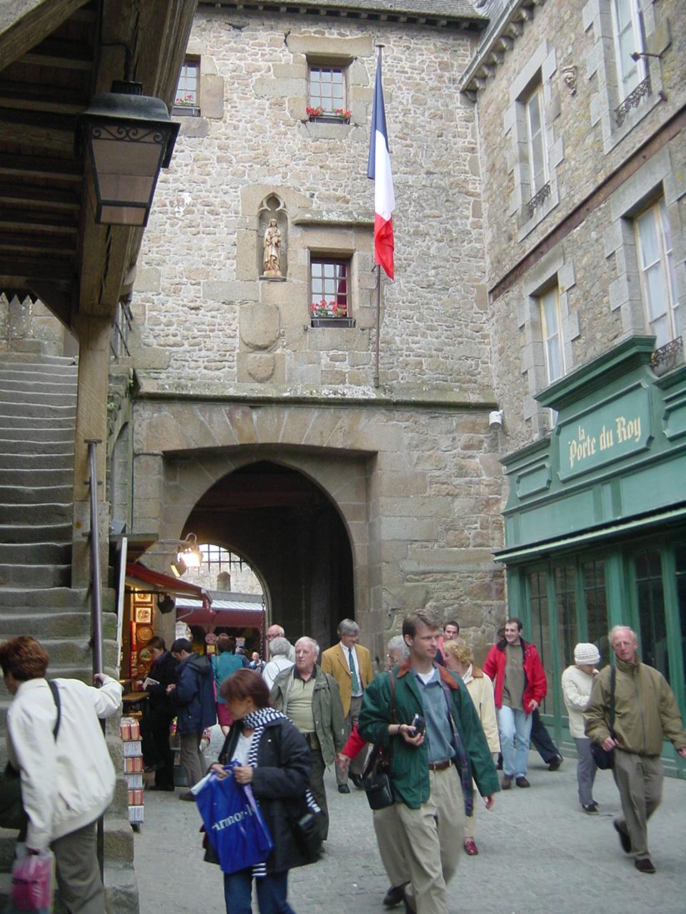 Mont saint michel for Porte unie st michel